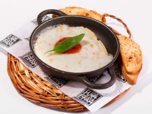 cazuelita-queso-fundido-platos