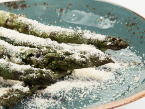 esparragos-parmesano